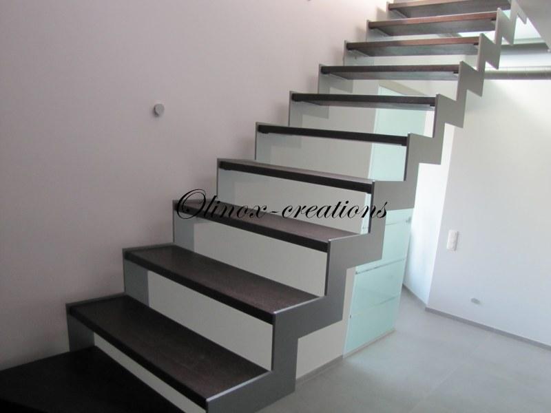 Escalier droit La Louvière
