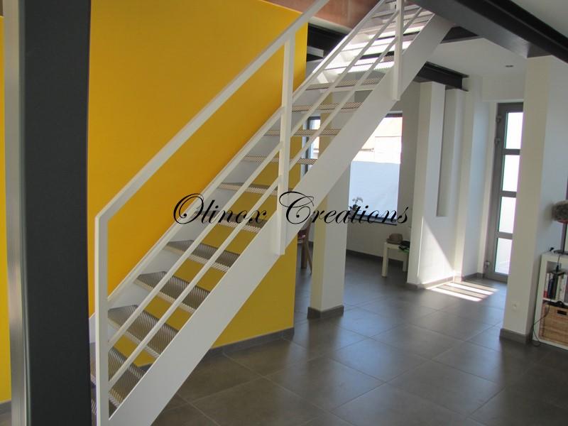 Escalier droit Nivelles