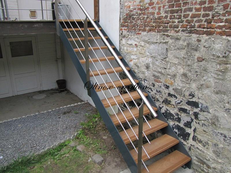 Escalier extérieur droit Tournai