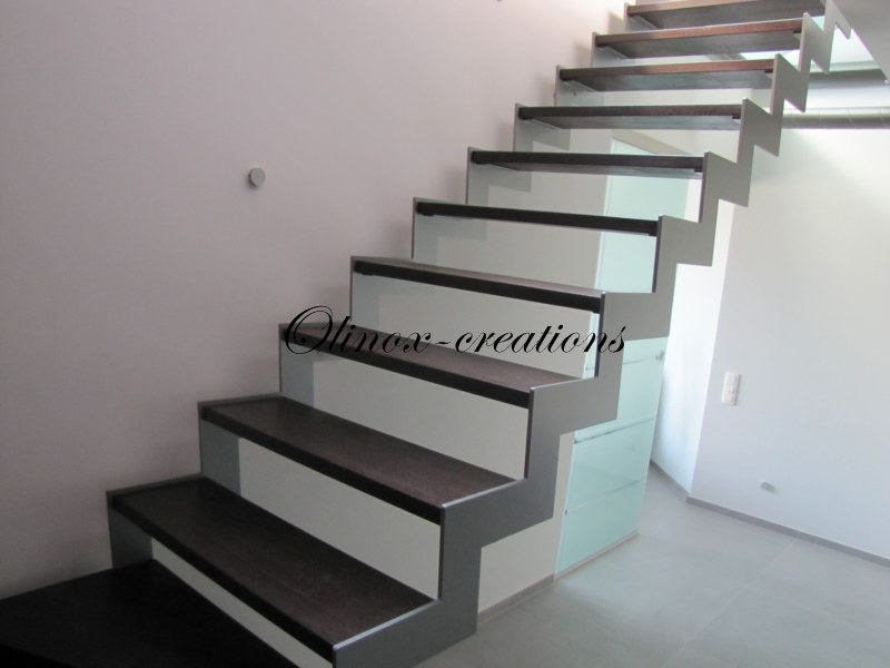 escalier int rieur design et moderne cr ation sur mesure. Black Bedroom Furniture Sets. Home Design Ideas