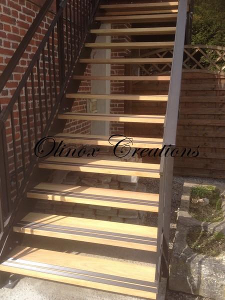 Escalier ext rieur pour un acc s au jardin ou terrasse - Limon d escalier metal ...