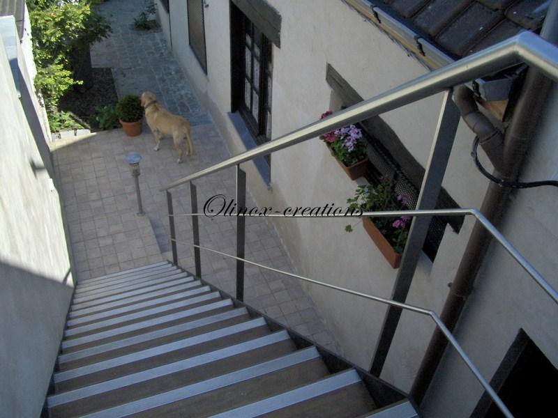 escalier lille olinox cr ations. Black Bedroom Furniture Sets. Home Design Ideas