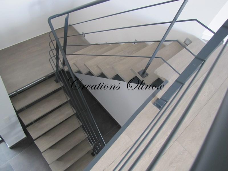 Escalier en m tal droit colima on ou tournant for Lasure bois interieur