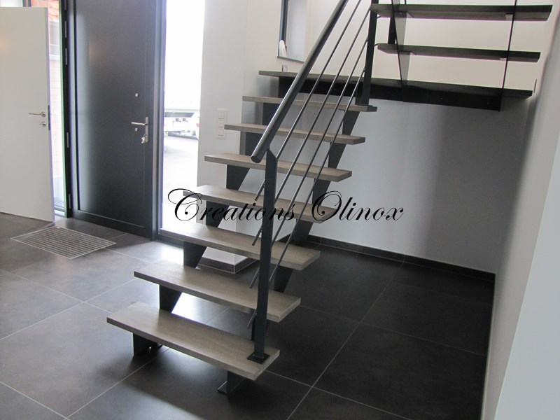 escalier sur tournai olinox cr ations. Black Bedroom Furniture Sets. Home Design Ideas