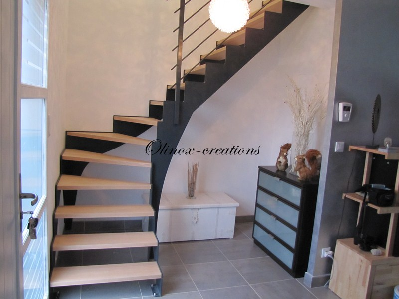 escalier lille olinox cr ations. Black Bedroom Furniture Sets. Home Design Ideas