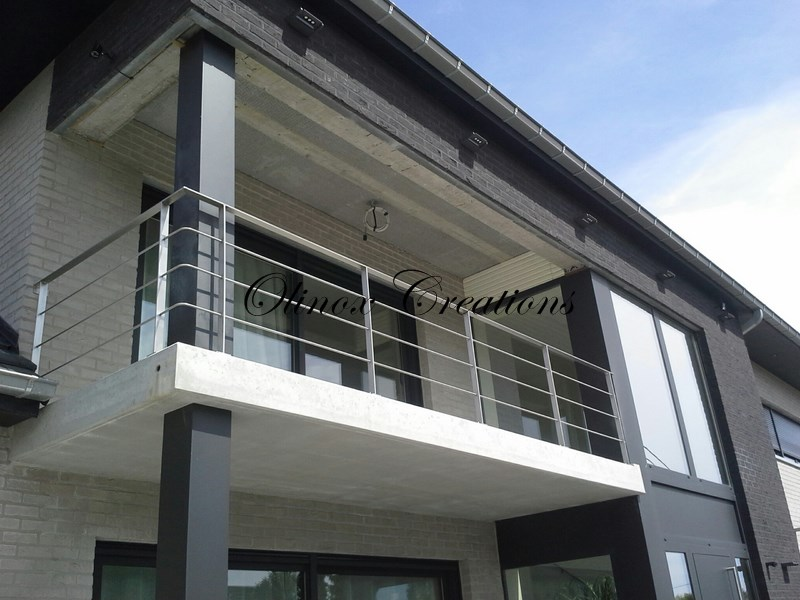 garde corps pour balcon rambarde en inox et m tal sur mesure. Black Bedroom Furniture Sets. Home Design Ideas