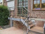 Escalier avec garde corps inox