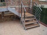 Escalier extérieur avec palier intermédiaire