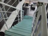 Escalier métal quart tournant cube et verre
