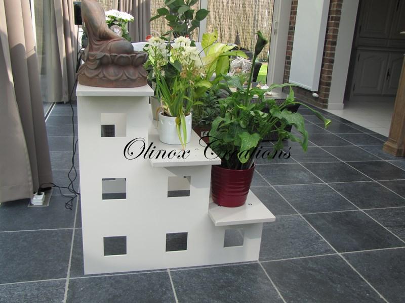 Mobilier sur mesure desserte en inox table basse m tal - Porte plante design ...
